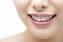 銀歯よりも白い歯が良い理由